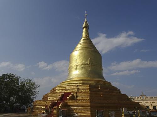Pagoda Lawkananda