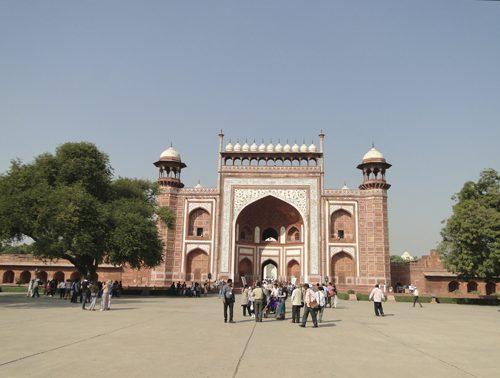 Entrada Este al Taj Mahal