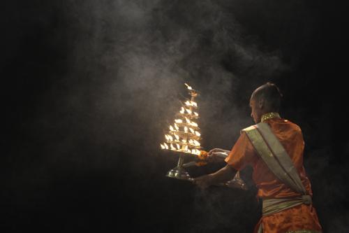 Ceremoni Aarti en Varanasi