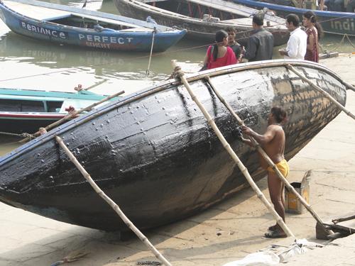 Pasear por los ghats de Varanasi