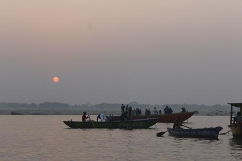 barco en el Ganges