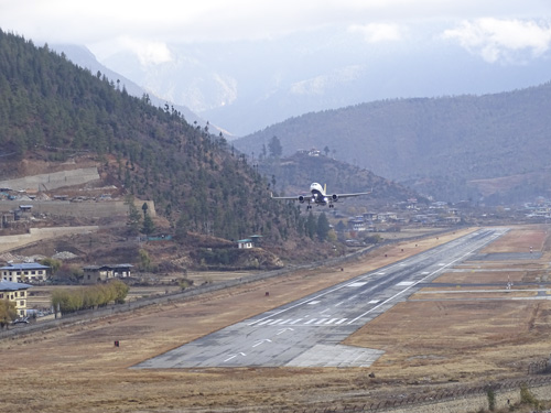Aeropuerto internacional de Bután