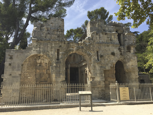 Templo de Diana en Nimes, Francia